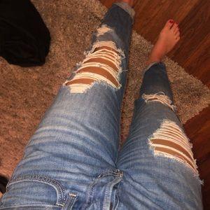 Low Rise Boyfriend ripped jeans